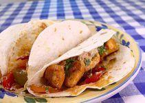Tacos de pollo. Una receta mexicana, estilo fajitas