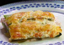 lasaña de calabacin jamon y queso. En esta receta sustituiremos la pasta por el calabacín