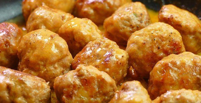 las albondigas en salsa española o castellana es una receta de la cocina tradicional. De abuela, de las de toda la vida. Están riquísimas