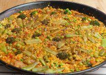 Arroz con verduras. Receta sencilla en la cual, emplearemos otros ingredientes, todos para sustituir a la carne proveniente de la tierra, y también del mar