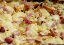 Patatas al horno con queso y jamon o bacon. Una receta de aperitivo para ver tus partidos de fútbol, series de televisión o películas