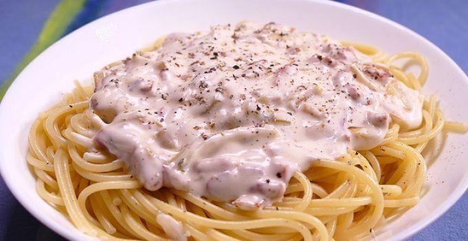 Espaguetis con nata y atun. Receta fácil con esta pasta