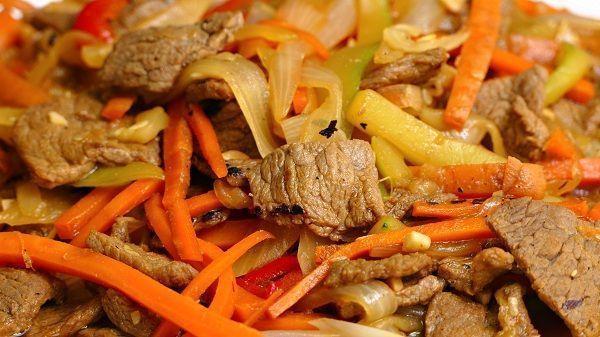 Chop suey de ternera chino