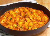Pollo al curry con leche de coco. Un guiso oriental que queda delicioso