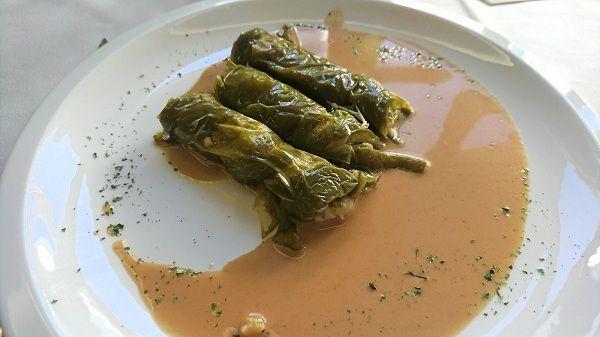 Pimientos verdes rellenos de carne al horno