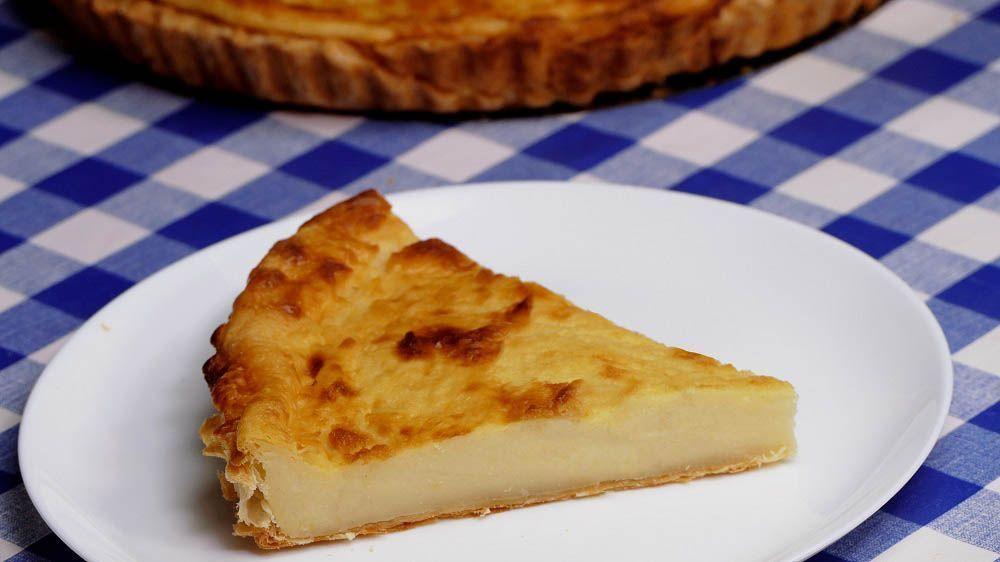 Pastel de arroz de Bilbao. A pesar de su nombre, este pastel no tiene ni un solo grano de arroz. Su historia, es muy divertida y su sabor, mejor todavía